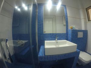 Bathroom - House Capetanios Apartments Rooms to let Neos Marmaras Halkidiki Greece