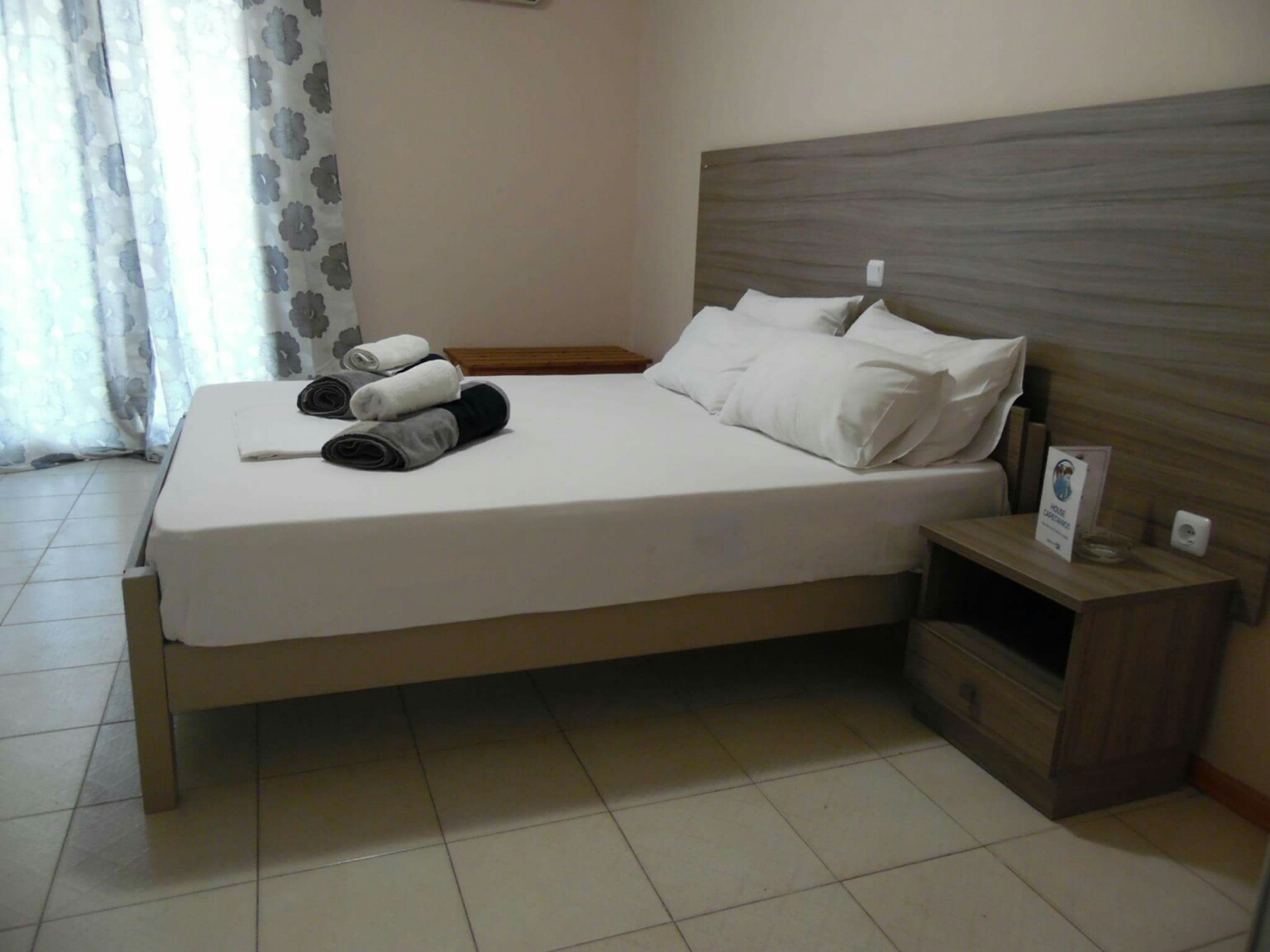 Bedroom - House Capetanios Apartments Rooms to let Neos Marmaras Halkidiki Greece